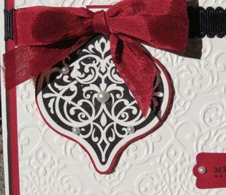 Holiday Ornaments Framelit - closeup, 127816
