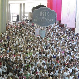 2013 SU! convention crowd