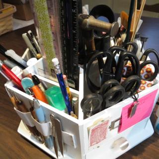 Scissors, pencils:pens
